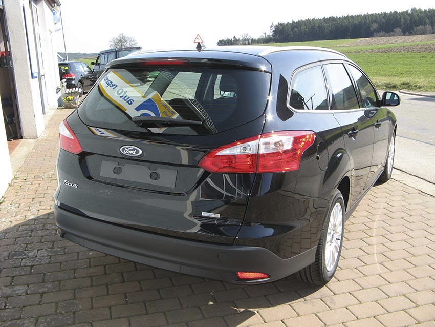 ford focus turnier 1 6 tdci kfz meisterbetrieb. Black Bedroom Furniture Sets. Home Design Ideas